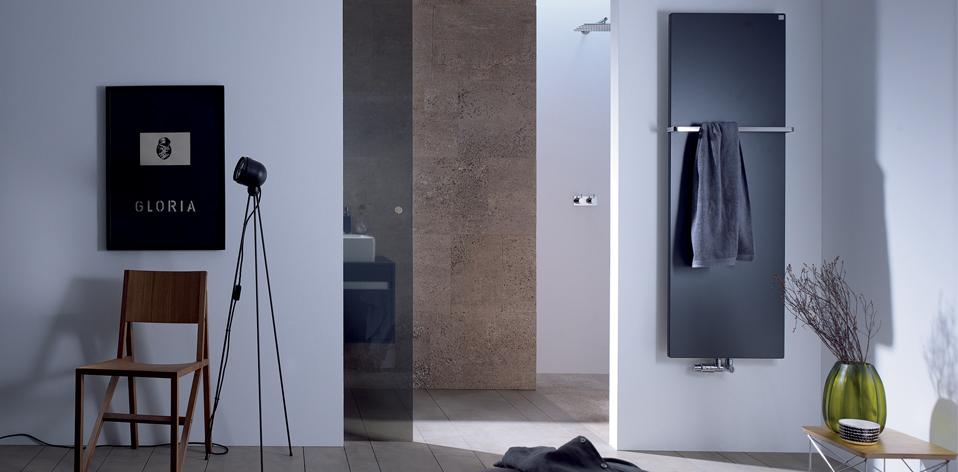 seche serviette gain de place sche serviette stendino maxi en mtal et pin hiba la redoute. Black Bedroom Furniture Sets. Home Design Ideas